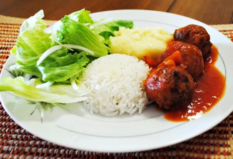 almoço 6 - almondega de abobrinha